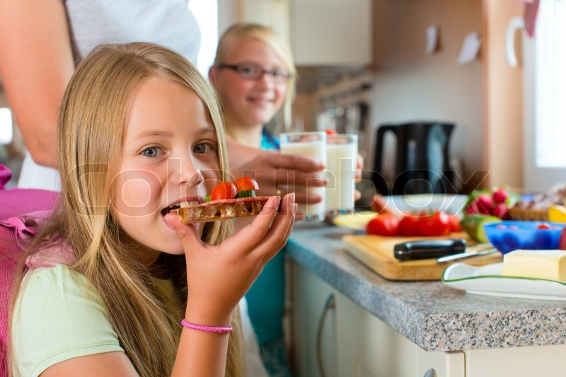 how important is breakfast in a childs school life Children who lack friends, children with 'good' friends have higher self-esteem, act more socially, can cope with life stresses and transitions one child may be more outgoing than a sibling and it's important not to compare them, according to pbs's website.
