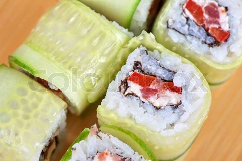 Суши огурцом рецепт фото
