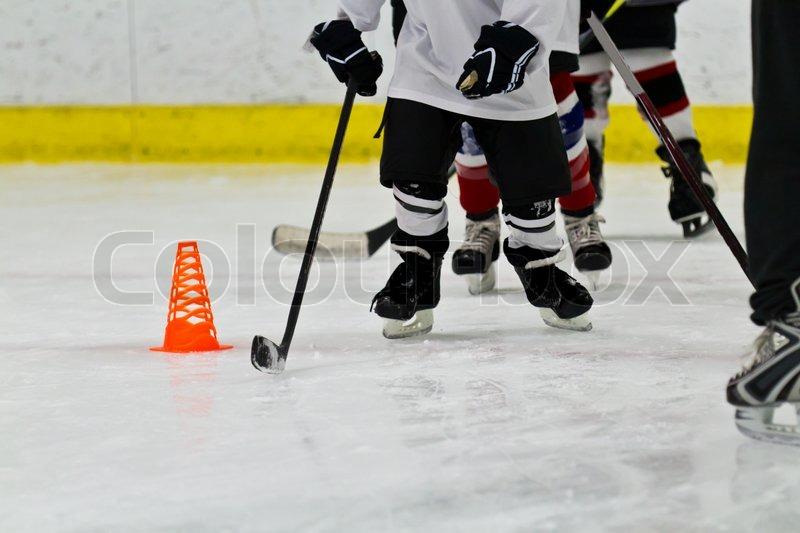 Learn hockey practice drills with hockey training blueprint