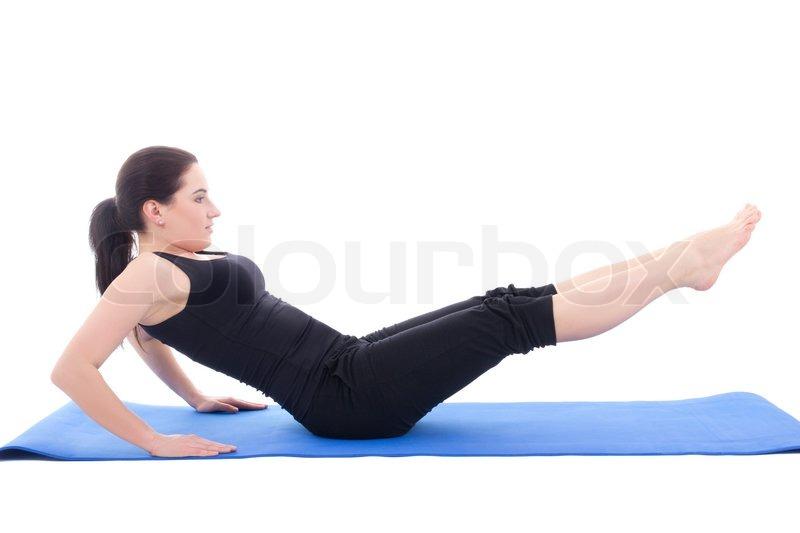 Sportliche Frau Kraft-Übungen für Bauchmuskeln isoliert auf weiss ...