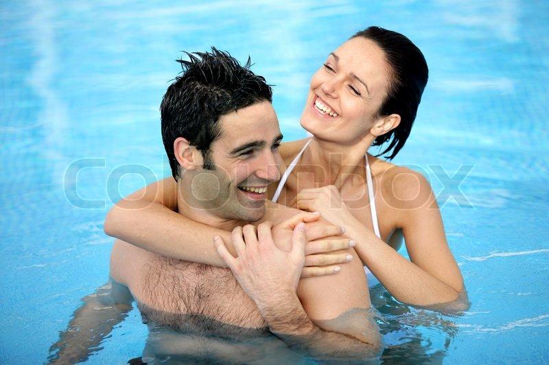 на что в бассейне девушки смотрят у парней Merino двухслойное