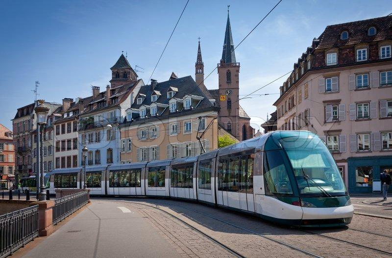Centre Ville Tours Magasin Tram
