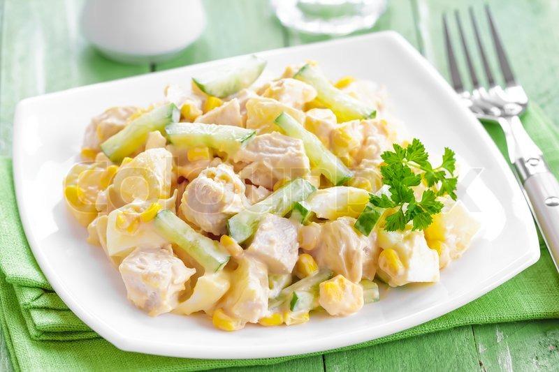 Салат курочка с ананасом рецепт с
