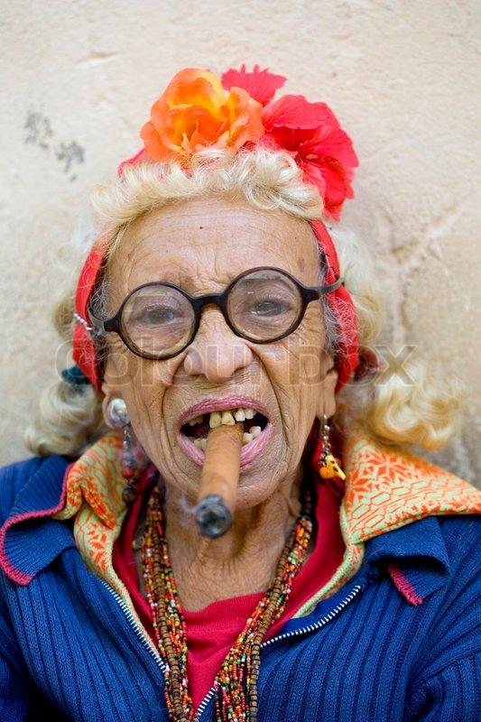 gammel kvinde gratis escort