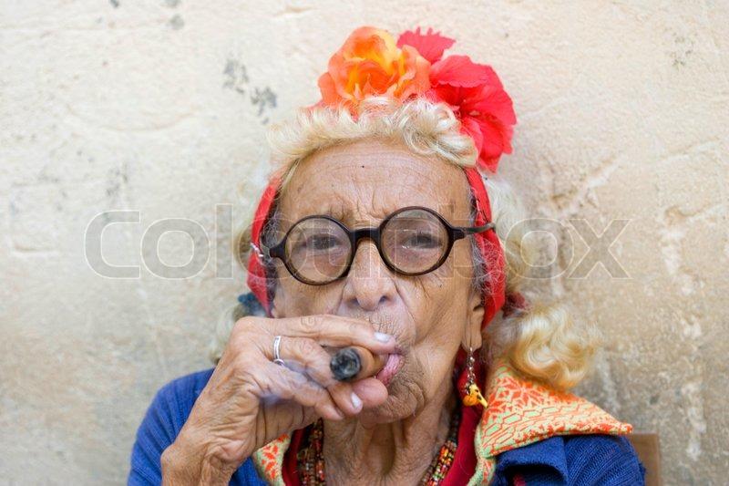 filippinske kvinder gammel kvinde