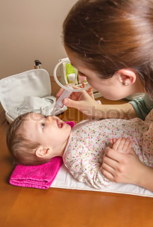 how to use little remedies nasal aspirator