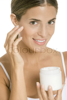 Image of 'cream, faces, woman'