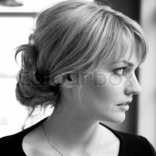 Image of 'profile, woman, faces'