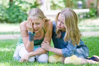 piger søger forkølelse ondt i halsen