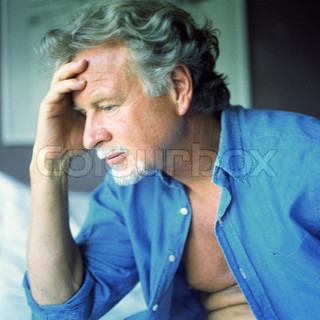 Image of 'headache, worried, man'