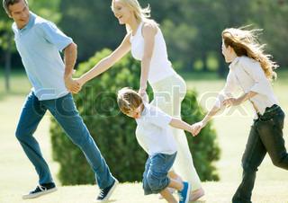 Bild von 'Glück, Familie, im Freien'