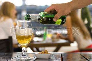 Image of 'drink, beer, outside'