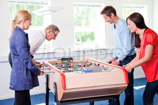 Bild von 'Feierabend, Tischfußball, blondie'
