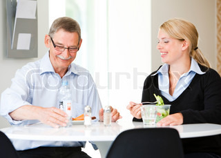 Bild von 'bart, frauen, senioren'