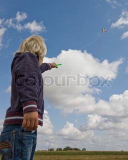Image of 'boy, kite, fly'