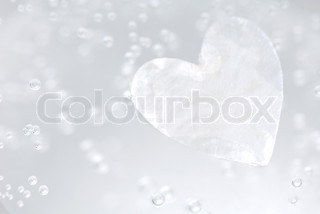 Image of 'background, water, heart'