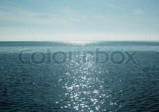 Image of 'ocean, water, shiny'