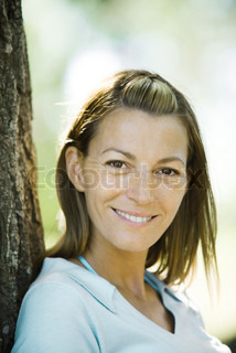 Image of 'woman, smile, blond'