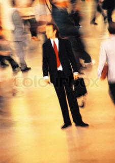 Image of 'mass, leader, walking'
