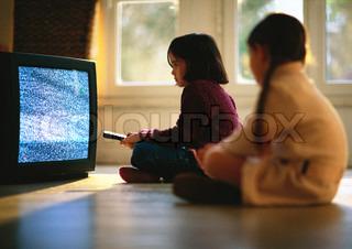 Bild von 'Fernseher, Kind, Fernsehen'