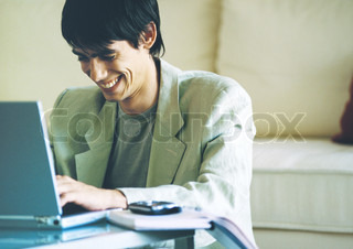 Image of 'e-mail, happiness, computer'