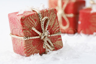 Decorative gift packages
