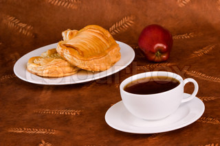 Coffee & Wheat Pastry With Fresh Apple
