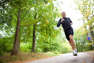 Bild von 'herbst, haar, rennen'
