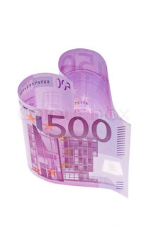 500 euro bill in the form of a heart