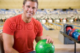 Image of 'sport, bowling ball, young adult'