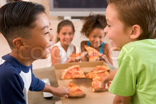 Image of 'kids, food, pizza'