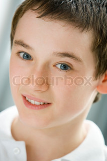 Image of 'looking at camera, one person, caucasian'