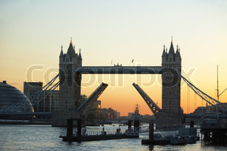 Image of 'england, london, tower bridge'