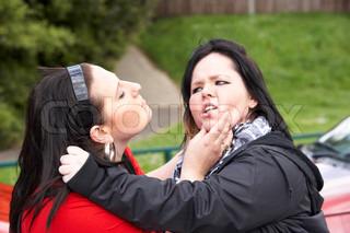 Bild von 'Gewalt, Mädchen, streiten'