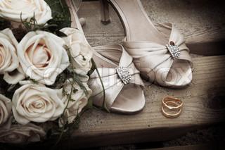 Billede af 'brylluper, sko, woman'
