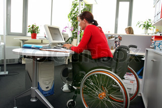 A woman is Gehbenidert. Wheelchairs.