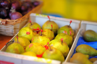 Sweet pears on farmer market