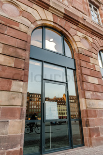 Apple Store getting ready for Apple Watch launch