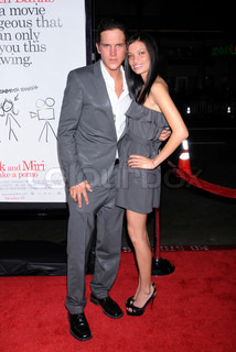 Jason Mewes and date Jordan at the 'Zack and Miri Make a Porno' Los Angeles premiere held at Grauman's Chinese Theatre - 20081020