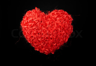 heart of roses, red roses on a black background