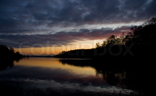 Image of 'water, sunset, colors'