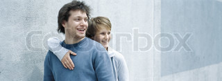 ©Matthieu Spohn/AltoPress/Maxppp ; Young couple smiling, woman with arm around man