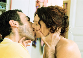 Image of 'kissing, softness, delicateness'