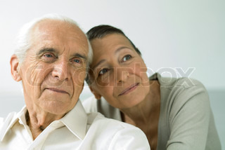 ©Eric Audras/AltoPress/Maxppp ; Senior couple together, smiling, looking away