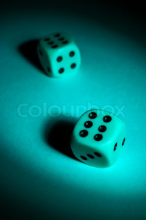 To play dice in a ray of light