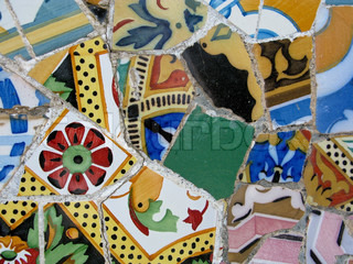 famous mosaic in the park guell by gaudi