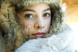 Image of 'warmth, up, winter clothing'