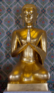 golden budha in thailand