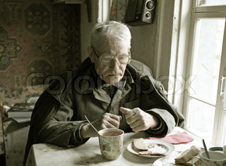 Image of 'the old man, table, breakfast'