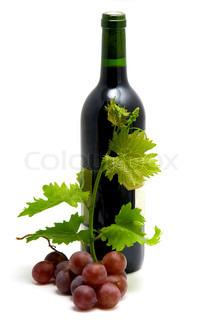 flaske vin med druevin blade og vin